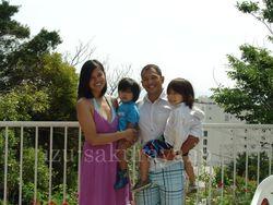 120525family01